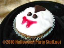cute vampire halloween cupcakes